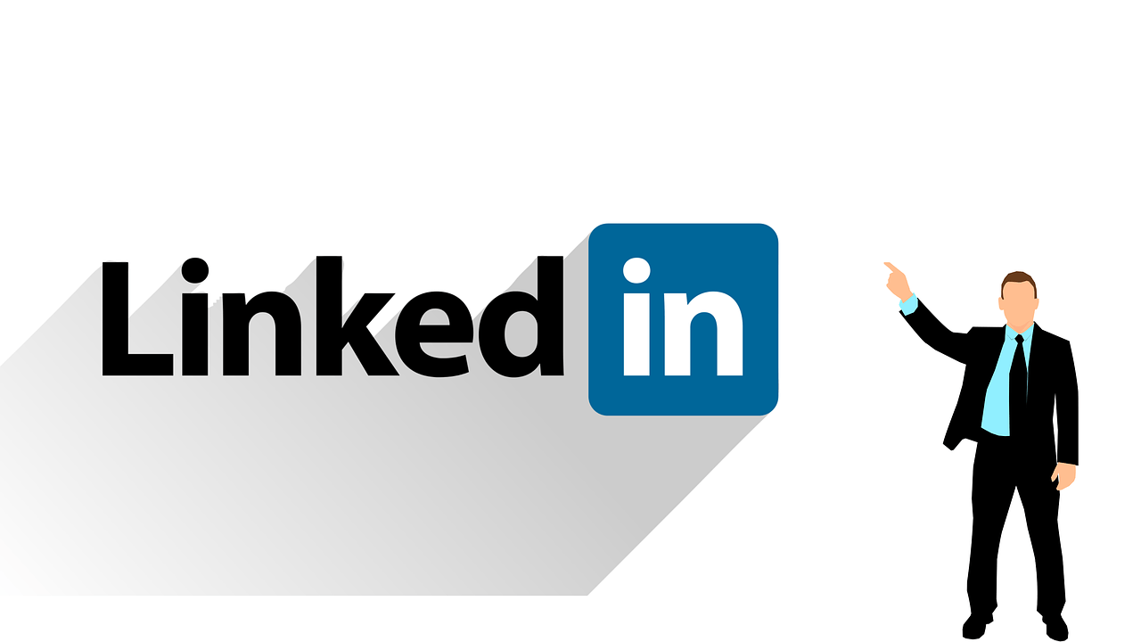 How to Add Interests on LinkedIn/1